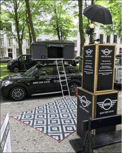 Deze fotozuil besloot Mini Den Haag te Huren in Den Haag bij het foodtruck festival RRRollend