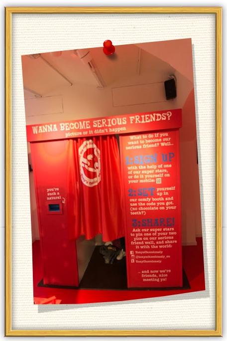 photobooth amsterdam en deze staat in de winkel van Tony's Chocolonely